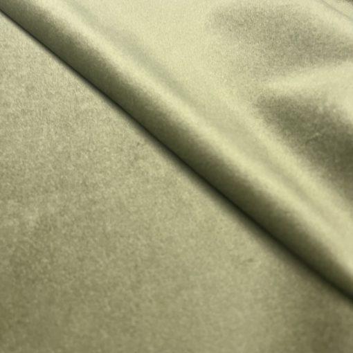Salvador 8 - világos mohazöld , könnyen tisztítható, prémium bársony bútorszövet
